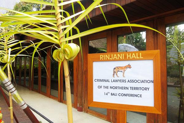 01Rinjani-Hall
